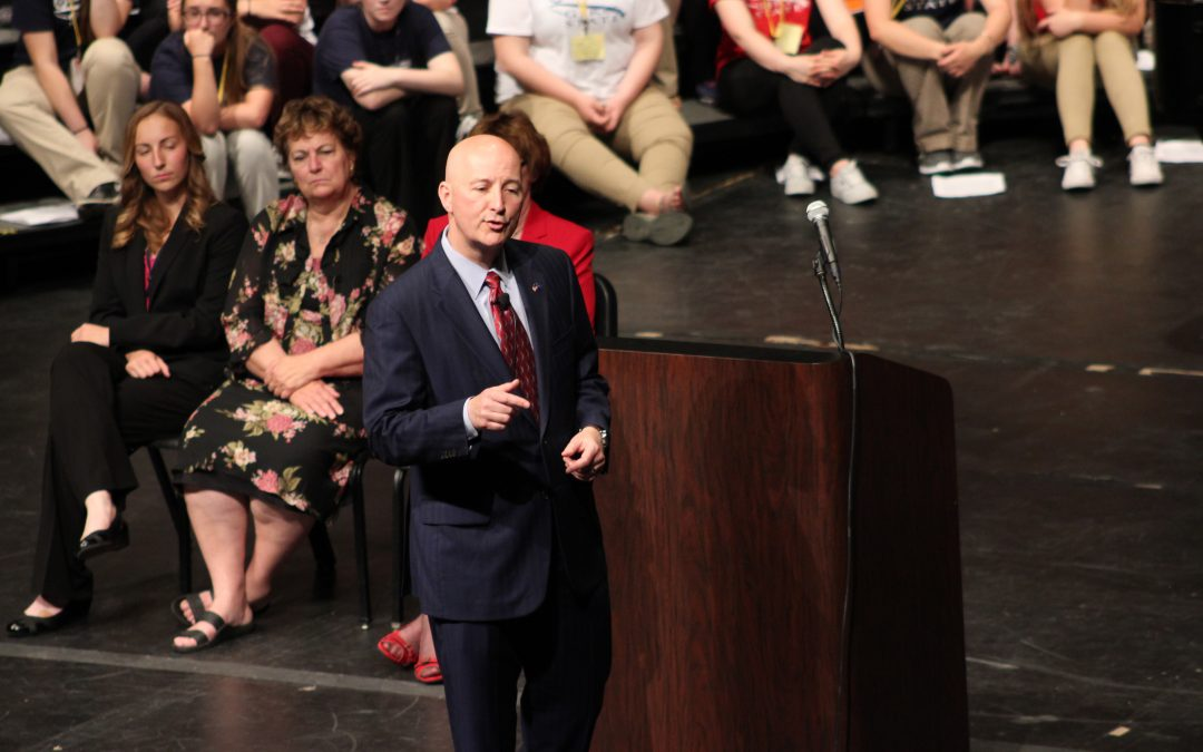 Governor Addresses Students